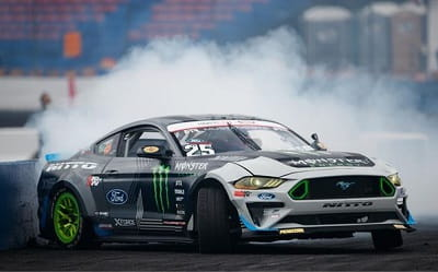 Rare Collection of Windows 10 Themes - Ford Mustang RTR